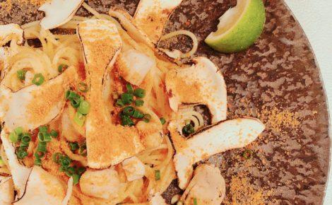 松茸とイタヤ貝のスパゲティ サルディーニャ産からすみを振りかけて 四万十ぶしゅかんの香り
